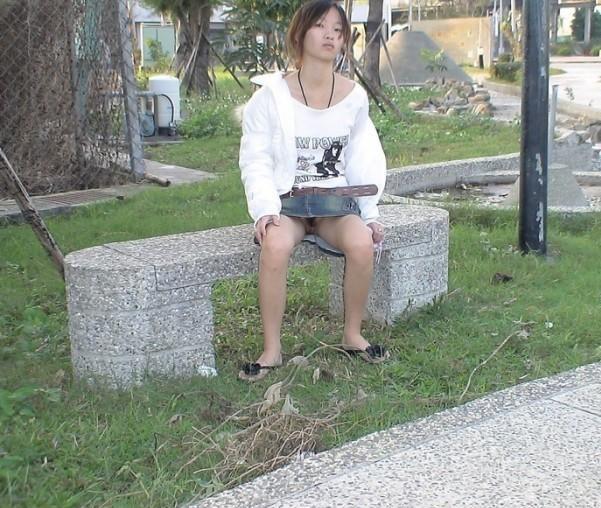 Femme disponible pour rencontre cpl candauliste avec jeune coquin sympa à fister